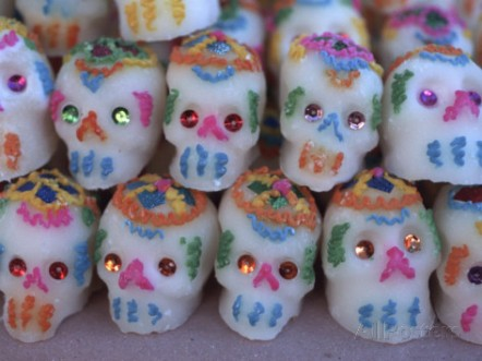 judith-haden-day-of-the-dead-sugar-skull-candy-at-abastos-market-oaxaca-mexico
