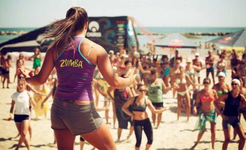foto-zumba-beach14
